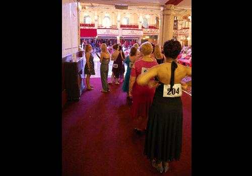 Våra dansare på väg in för att tävla på världsmästerskapet i linedance.